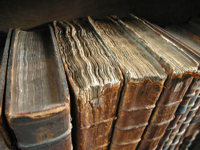 Обои Разное: книги, старые, фолианты, книга.